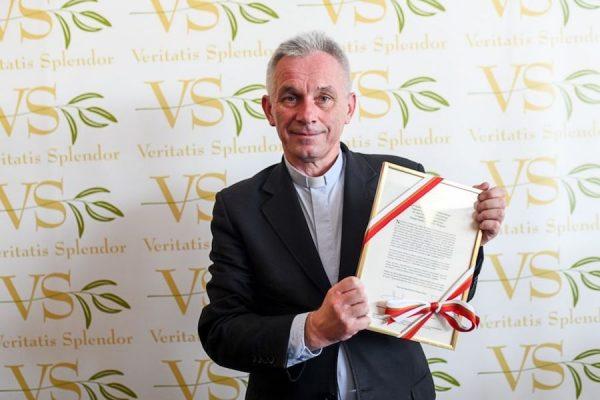 Wręcznie Nagrody Województwa Małopolskiego im. Jana Pawła II Veritatis Splendor 2018