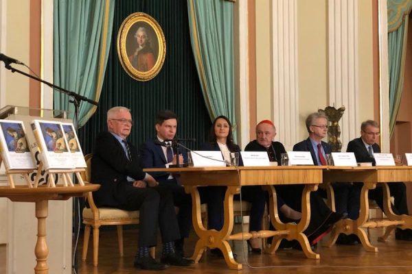 """Warszawska prezentacja I tomu """"Dzieł literackich i teatralnych"""" Karola Wojtyły"""