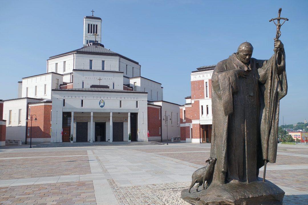 Odpust ku czci św. Jana Pawła II z zachowaniem zasad bezpieczeństwa