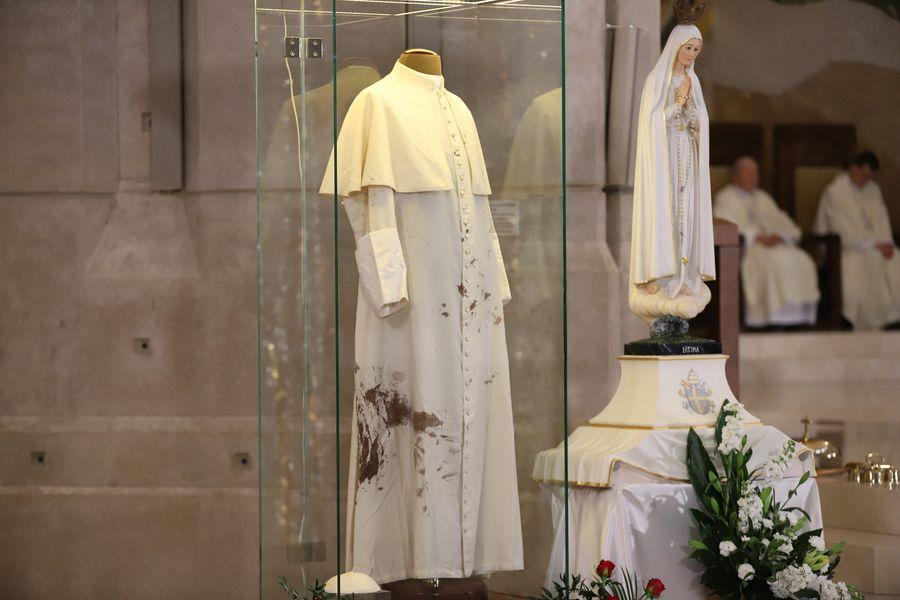 Abp Marek Jędraszewski o św. Janie Pawle II: dziękujemy Bogu za jego męczeńską krew