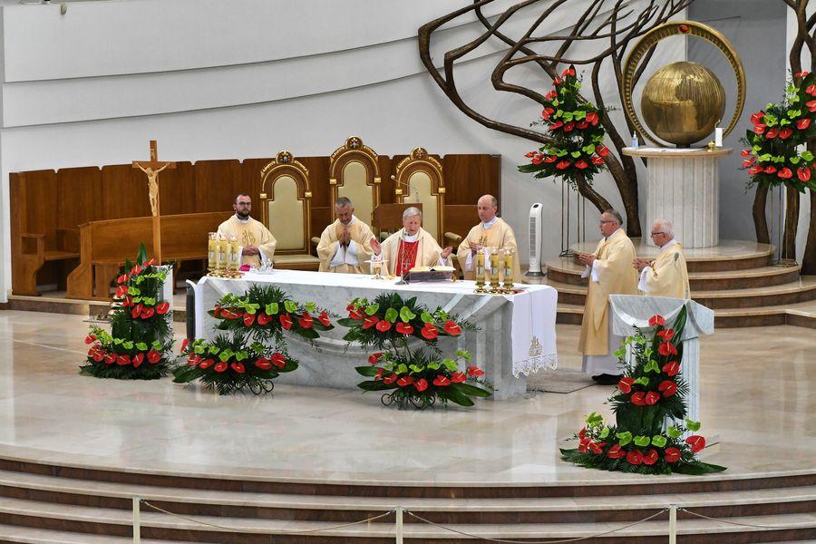 Bp Jan Zając: Św. Janie Pawle II, podejmujemy Twój testament, zawarty w Akcie zawierzenia