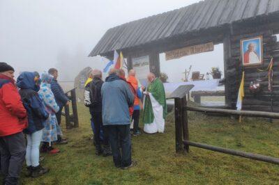Msza święta przy Szałasowym Ołtarzu ks. Karola Wojtyły